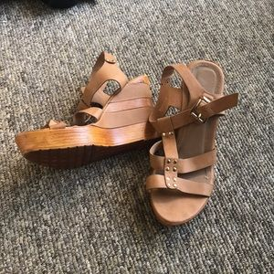 """Shoes - Chunky """"wood"""" wedges"""
